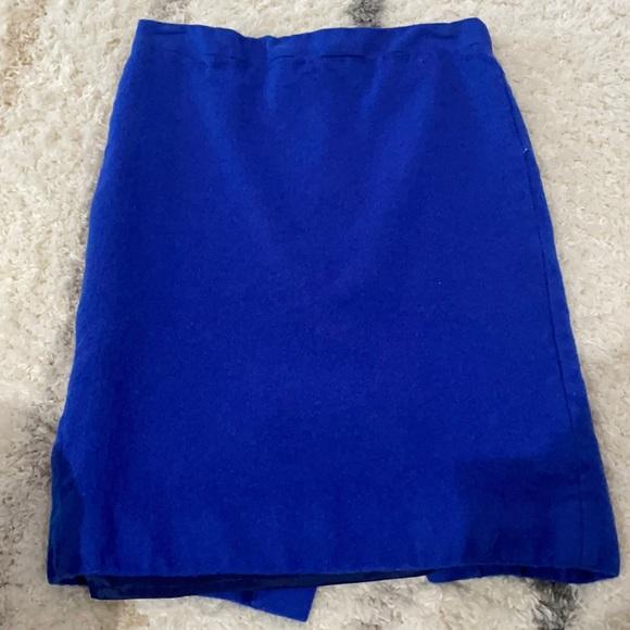 Bundle of 2 pencil skirts